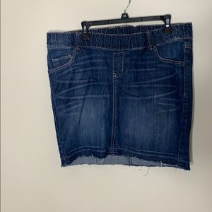 🌼MATERNITY 🌼 Levi stretch waist band Levi skirt